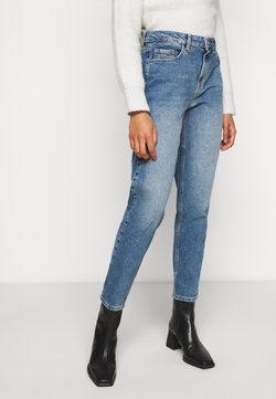 Pieces Petite - PCLEAH MOM - Jeans Relaxed Fit - medium blue denim