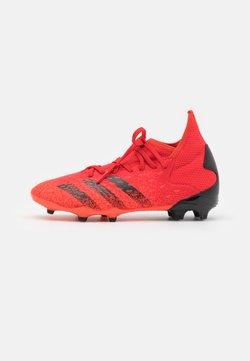 adidas Performance - PREDATOR FREAK .3 FG UNISEX - Botas de fútbol con tacos - red