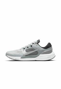 Nike Performance - AIR ZOOM VOMERO 15 - Scarpe running neutre - grey fog/mtlc silver-black-iron grey-particle grey