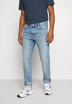 Weekday - PINE REGULAR - Jeans Tapered Fit - week blue