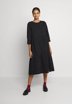 Noisy May - NMJESSIE DRESS - Korte jurk - black denim