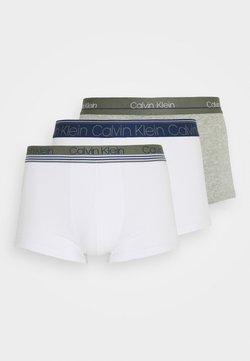 Calvin Klein Underwear - TRUNK 3 PACK - Shorty - white