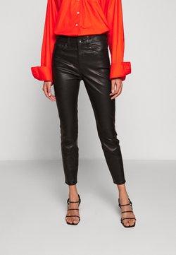 rag & bone - NINA HIGH RISE ANKLE SKINNY - Pantalon en cuir - black
