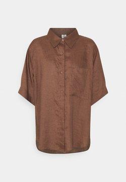 ARKET - Blouse - Nachtwäsche Shirt - brown