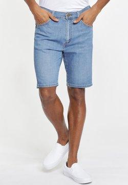 Wrangler - TEXAS FIT - Shorts di jeans - blue