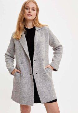 DeFacto - Halflange jas - grey