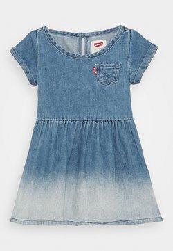Levi's® - SHORT SLEEVE DRESS - Jeanskleid - milestone