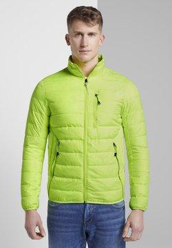 TOM TAILOR DENIM - LIGHTWEIGHT PADDED JACKET - Winterjacke - neon green