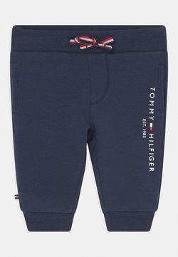 Tommy Hilfiger - BABY ESSENTIAL UNISEX - Pantalones - blue