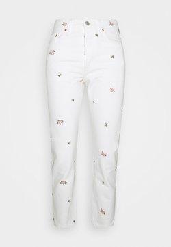 Levi's® - 501 CROP - Slim fit jeans - white denim