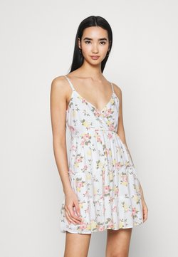 Hollister Co. - BARE FEMME SHORT DRESS - Freizeitkleid - white