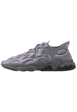 adidas Originals - OZWEEGO TECH - Sneakers laag - purple/black