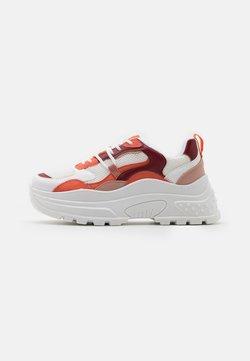 Topshop - CAMMIE CHUNKY TRAINER - Sneaker low - burgundy