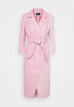 Ibana - EXCLUSIVE DIFFANI  - Korte jurk - pink/nude