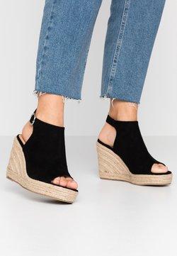 Simply Be - WIDE FIT PERU - Korolliset sandaalit - black