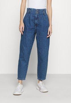 ONLY - ONLPLEAT CARROW - Jeans Relaxed Fit - medium blue denim
