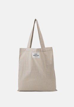 Mads Nørgaard - SACKY ATOMA - Shoppingveske - white alyssum/travertine
