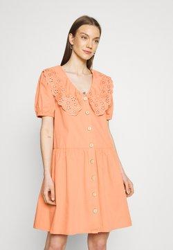 YAS - YASSOFFE DRESS  - Sukienka koszulowa - sandstone