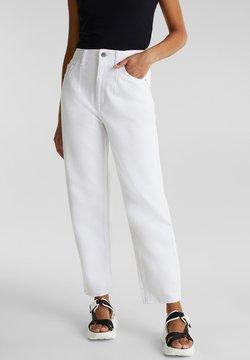 edc by Esprit - MIT BUNDFALTEN - Straight leg jeans - white
