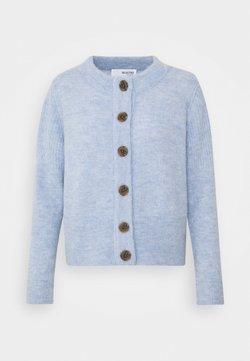 Selected Femme Petite - SLFSIA CARDIGAN - Chaqueta de punto - brunnera blue