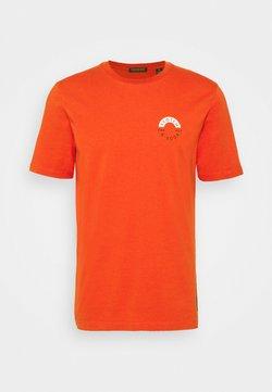 Scotch & Soda - LOGO CREWNECK TEE - T-shirt print - chili pepper