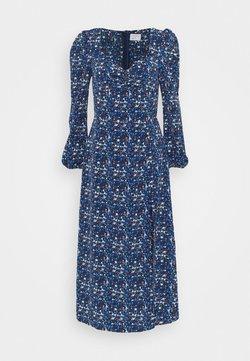 Glamorous Tall - LADIES DRESS FLORAL - Robe d'été - navy blue/orange