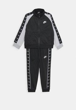 Nike Sportswear - TRICOT TAPING SET - Survêtement - black