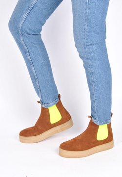 Crickit - CRICKIT CHELSEA BOOT JANNE CHELSEA BOOT - Ankle Boot - cognac neon gelb