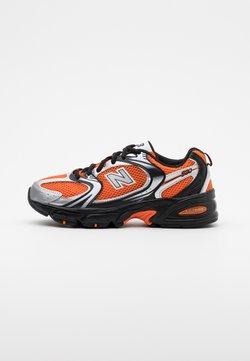 New Balance - MR530 - Baskets basses - orange