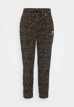 Eivy - BIG BEAR PANTS - Stoffhose - brown
