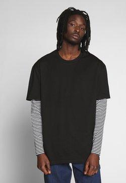 Urban Classics - DOUBLE LAYER STRIPED TEE - Pitkähihainen paita - black