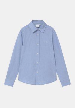 BOSS Kidswear - Vapaa-ajan kauluspaita - pale blue