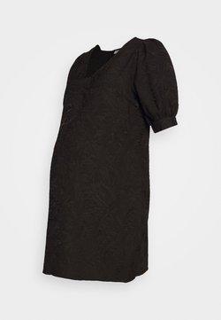 Pieces Maternity - PCMDJUNA DRESS - Robe d'été - black