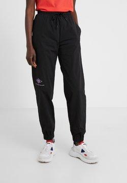 Han Kjobenhavn - TRACK PANTS - Jogginghose - black crepe