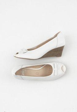 Caprice - Czółenka na koturnie - white