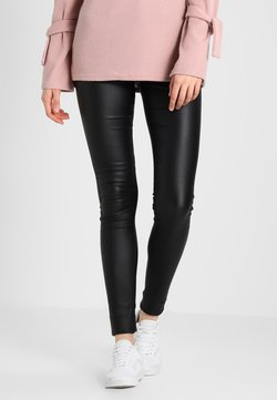 Vero Moda Tall - VMSEVEN SMOOTH COATED PANTS - Stoffhose - black