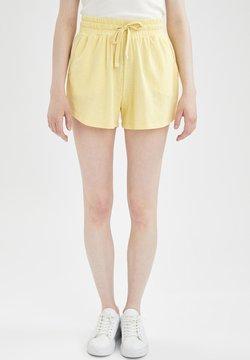 DeFacto - REGULAR FIT  - Shortsit - yellow