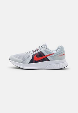 Nike Performance - RUN SWIFT 2 - Zapatillas de running neutras - pure platinum/chile red/thunder blue/white