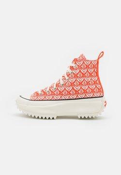 Converse - RUN STAR HIKE - Baskets montantes - bright poppy/egret/black