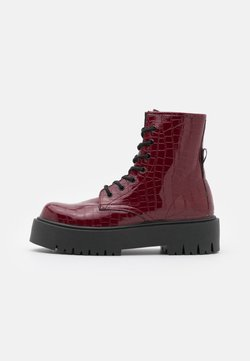 Topshop - BILLY LACE UP BOOT - Stivaletti con plateau - burgundy
