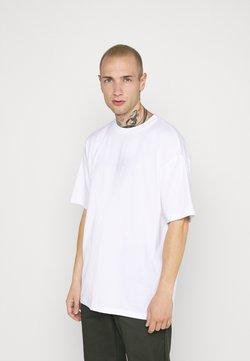 Converse - WORDMARK OVERSIZED TEE - Print T-shirt - white