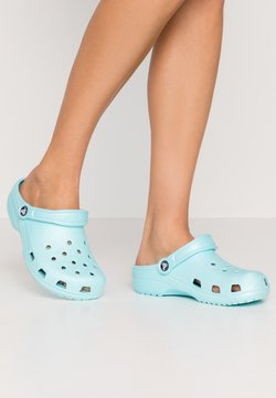 Crocs - CLASSIC - Slippers - ice blue