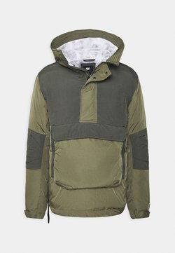 Nike Sportswear - Winterjacke - medium olive/black