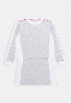 BOSS Kidswear - DRESS - Jerseykleid - chine grey