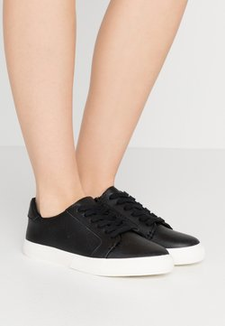 Lauren Ralph Lauren - JOSLIN - Sneakers laag - black