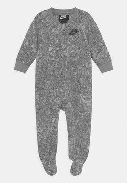 Nike Sportswear - DIGI CONFETTI UNISEX - Nattdrakt - light smoke gray