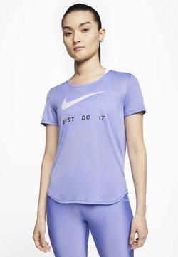 Nike Performance - RUN - T-shirt z nadrukiem - light thistle