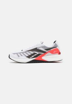 Reebok - SPEED 21 TR - Kuntoilukengät - footwear white/neon cherry/black
