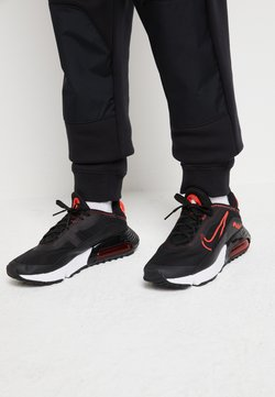 Nike Sportswear - AIR MAX 2090 - Sneakersy niskie - black/chile red