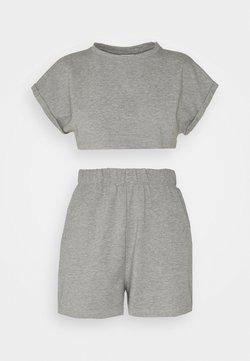 Noisy May Petite - NMMALOU CROPPED SET - T-Shirt basic - light grey melange